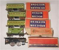 4274: PRE-WAR LIONEL TRAIN SET WITH ACCESSORIES