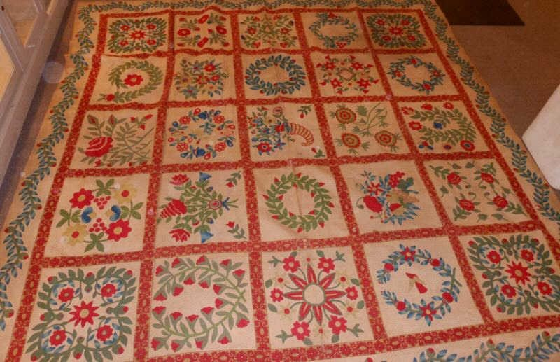 119: AMERICAN 19TH CENTURY BALTIMORE STYLE QUILT