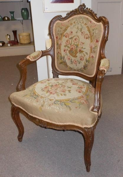 458: ANTIQUE FRENCH LOUIS XV STYLE FAUTEUIL