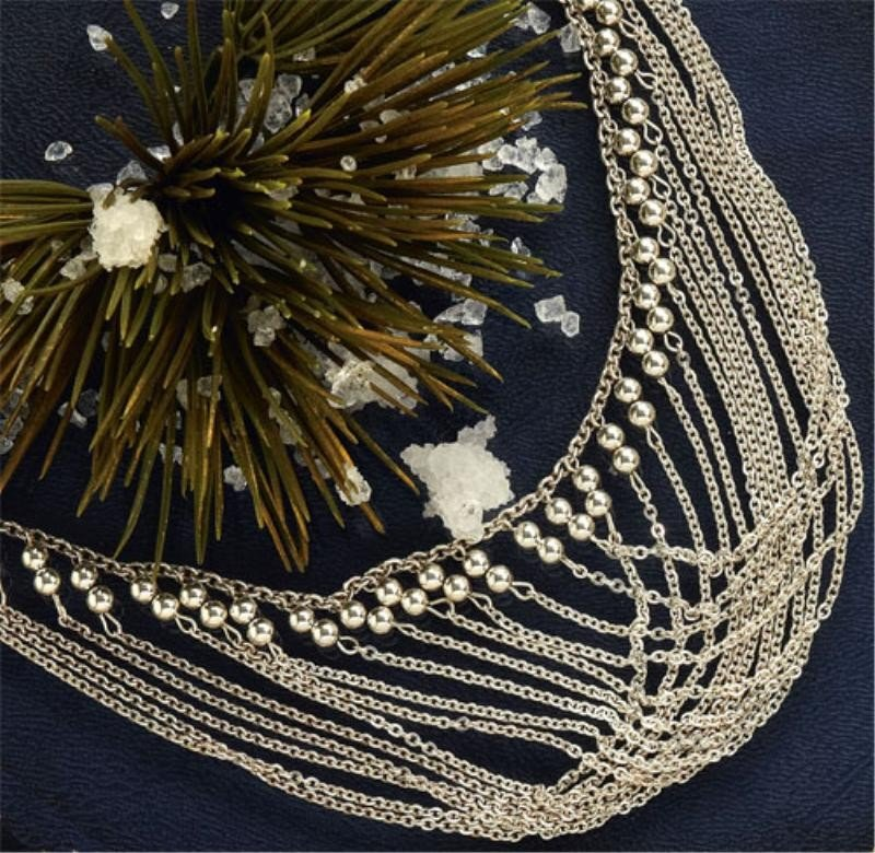 759: BEAD AND CHAIN NECKLACE