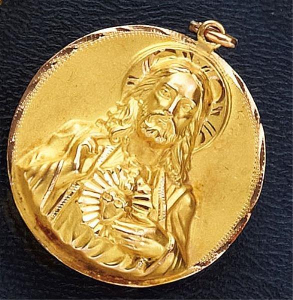 761: GOLD RELIGIOUS MEDAL