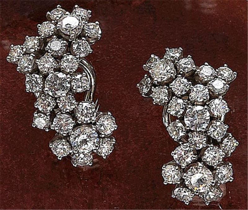 925: DIAMOND EARRINGS TIFFANY & CO.