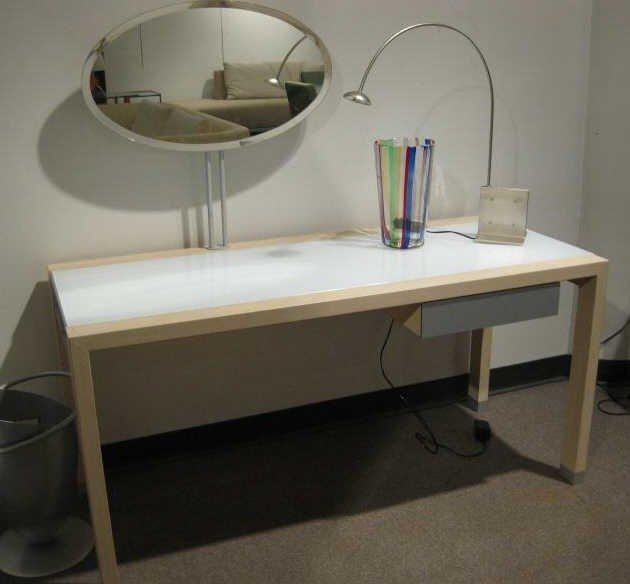 490: LIGNE ROSET, LUMEO DRESSSING TABLE