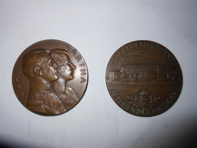 15: TWO C. C. SPORRONG & CO. BRONZE MEDALS