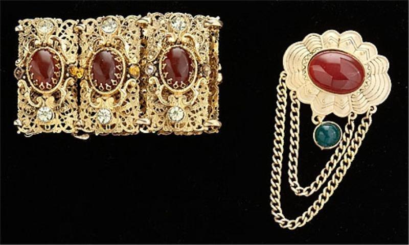 18: Amber colored costume jewelry