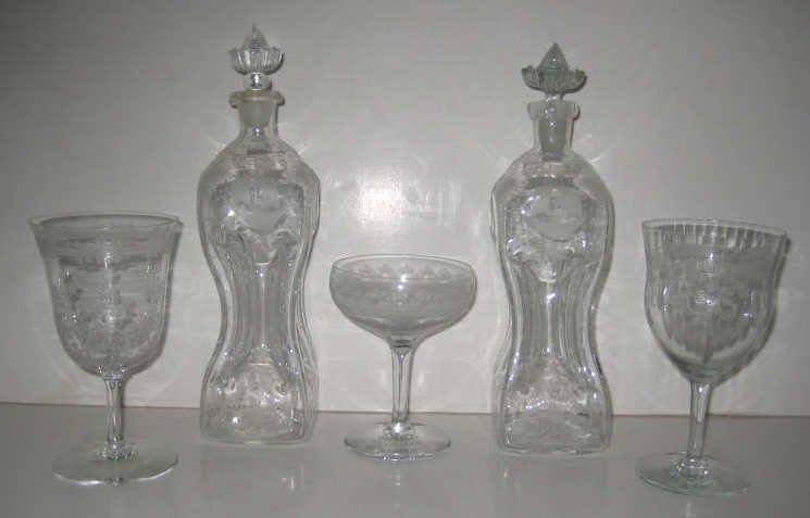 9: ETCHED GLASS ASSEMBLED DRINKING SET
