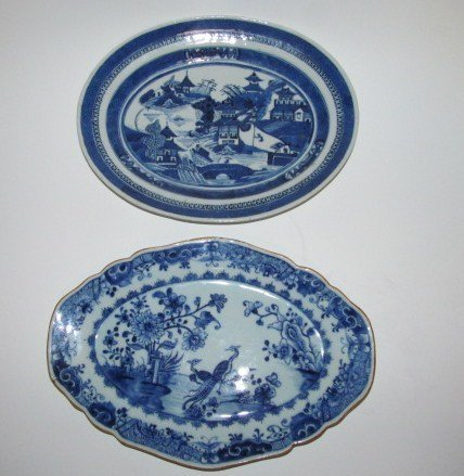 TWO 19TH CENTURY CHINESE EXPORT PORCELAIN PLATTERS