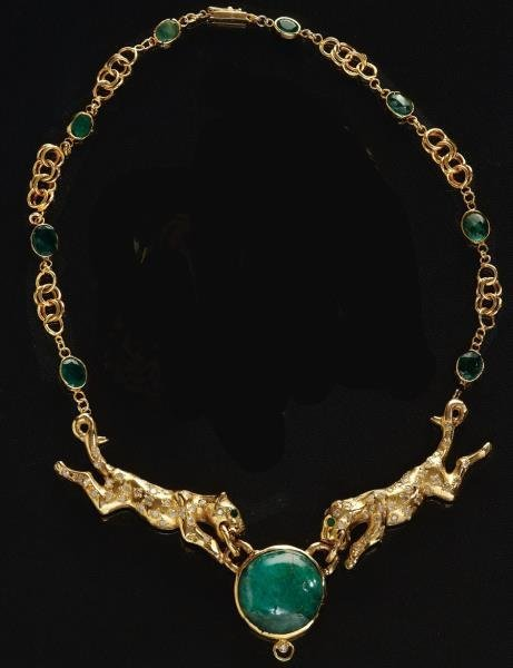 DIAMOND AND EMERALD PANTHER NECKLACE