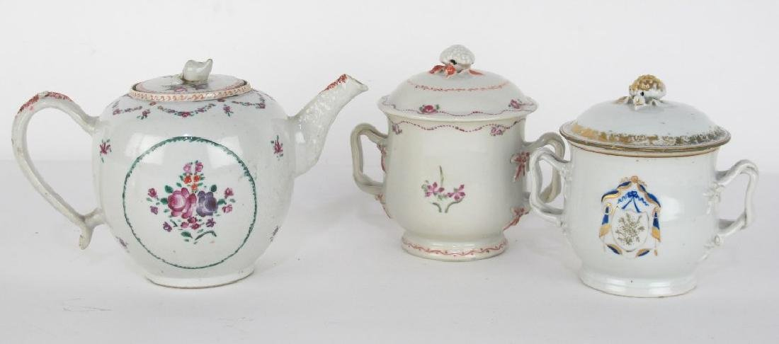 Two Lidded Jars and Teapot