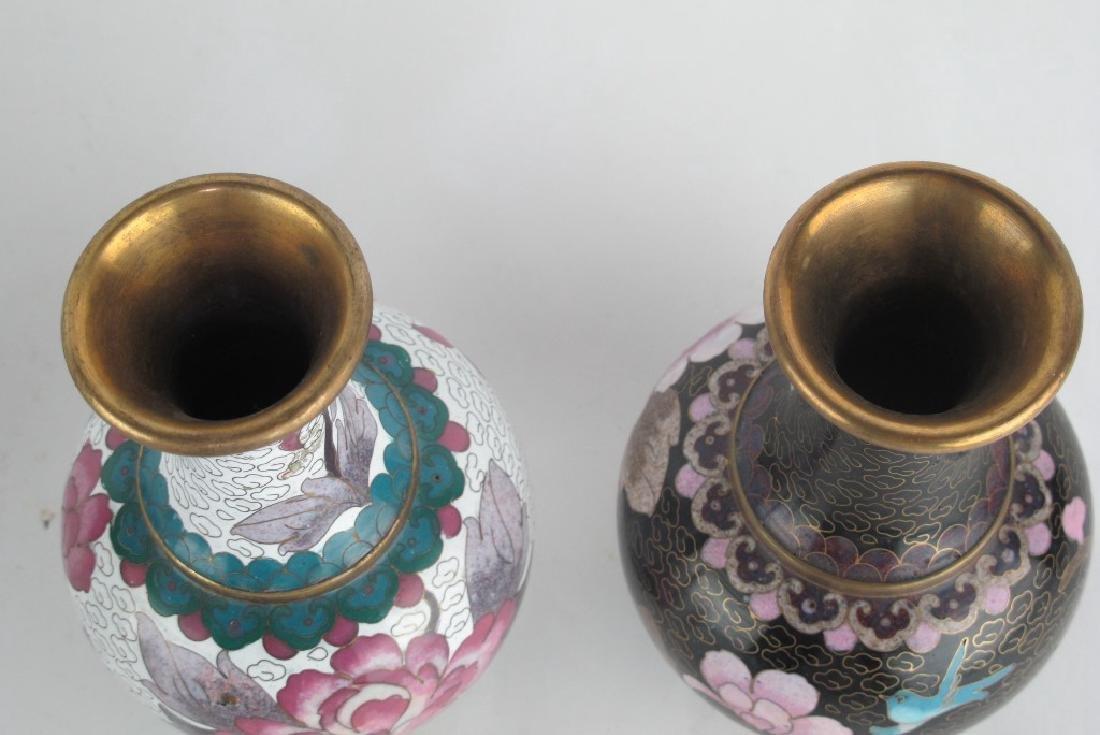 5 Chinese Vases - 4