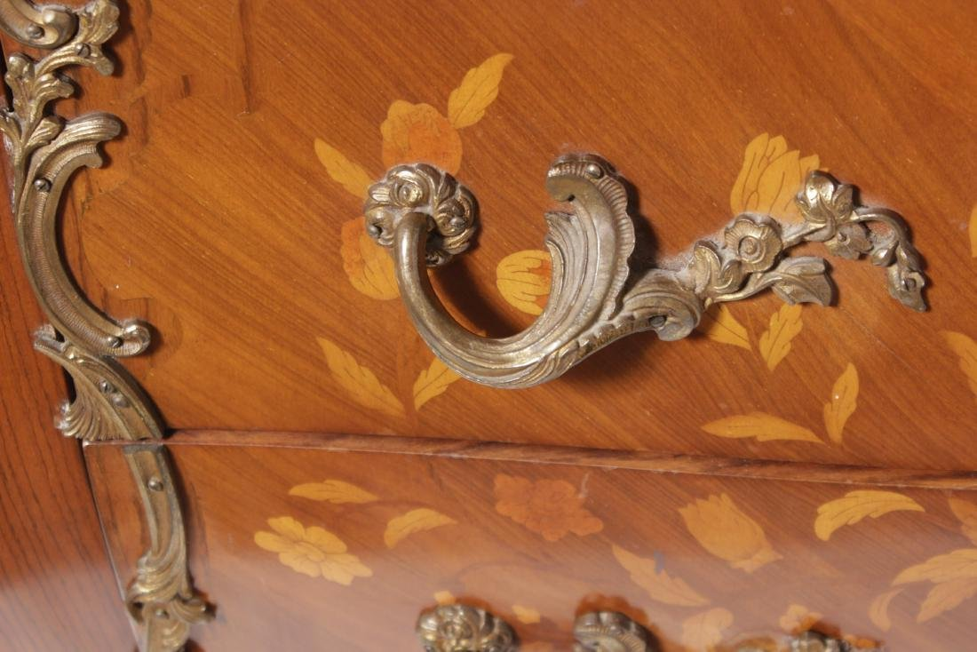 Louis XV Style Fine Commode - 2