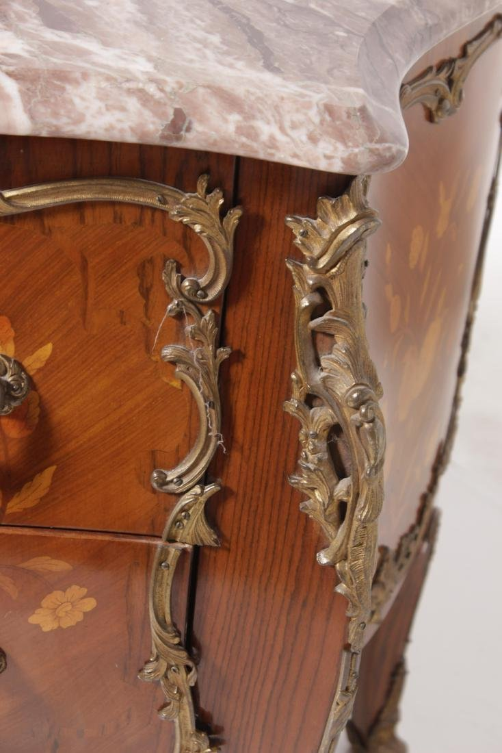 Louis XV Style Fine Commode - 4