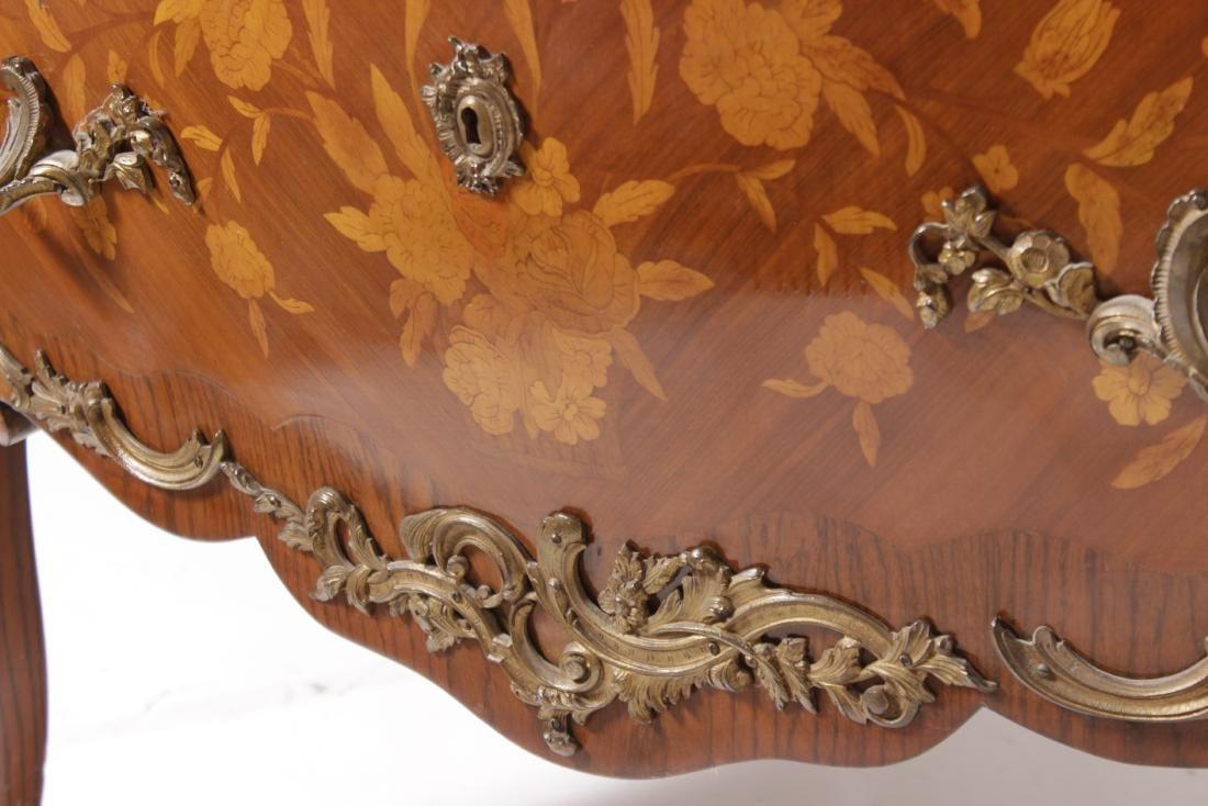 Louis XV Style Fine Commode - 6