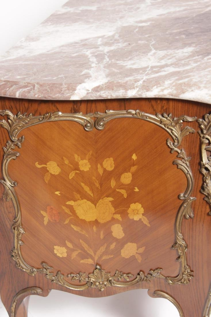 Louis XV Style Fine Commode - 8