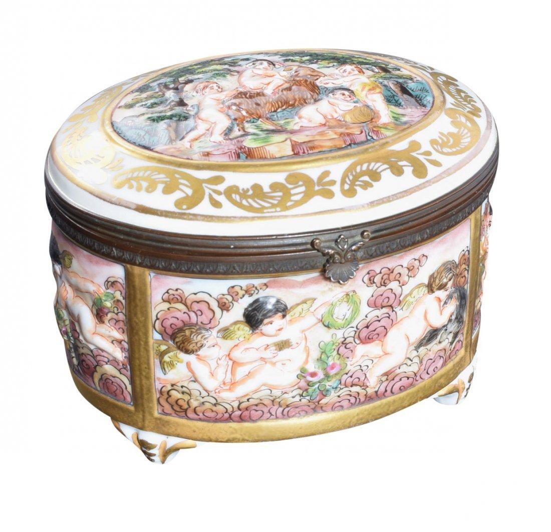 Capodiimonte Oval Dresser Box