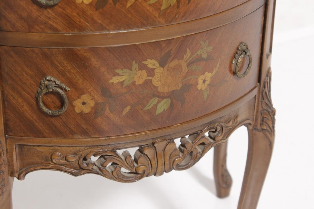 Louis XV style Diminutive Marquetry Commode - 3