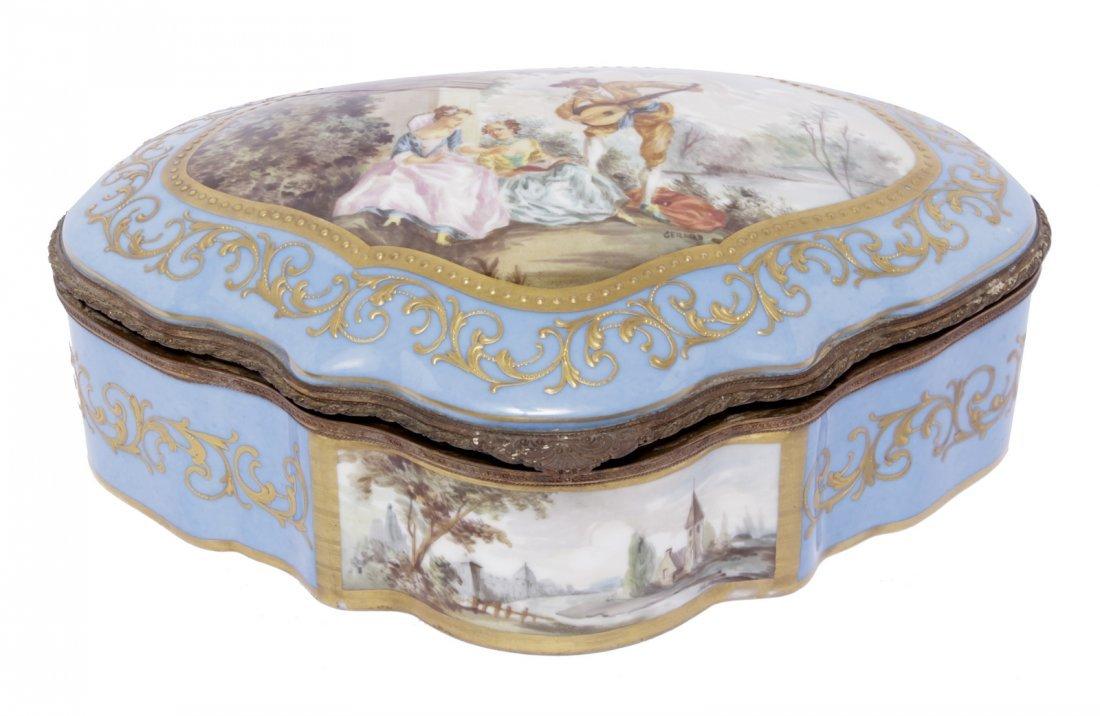 19th C. Serves Box