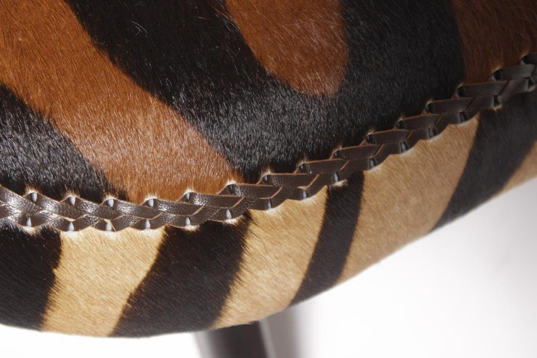 Biomorphic Animal Print Sofa - 2