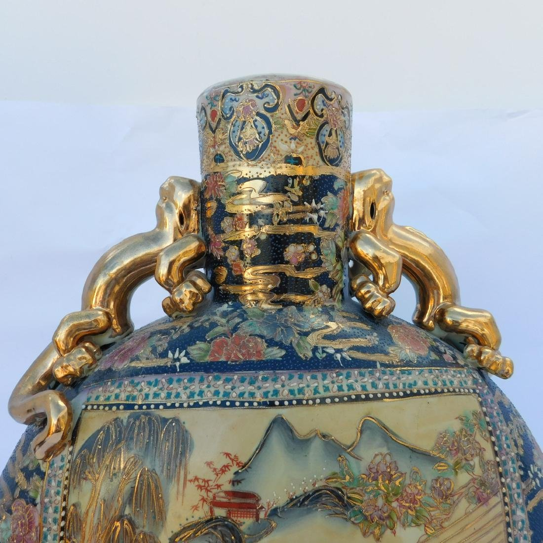 Monumental Chinese Porcelain Moon Flask - 3