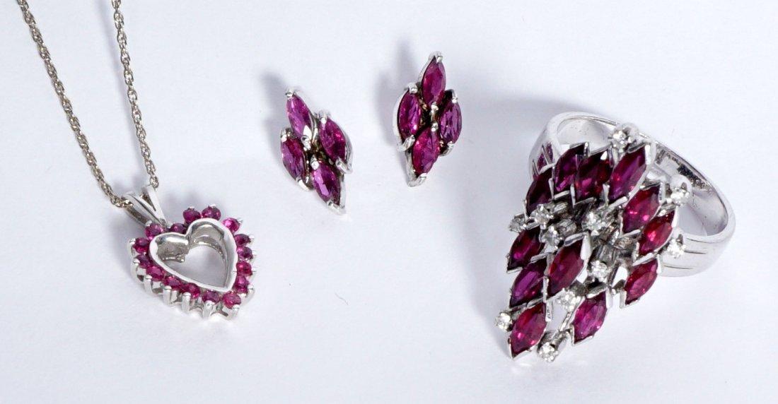 Ladies Gold Ensemble 18K 14K Ring Earrings Pendant - 2