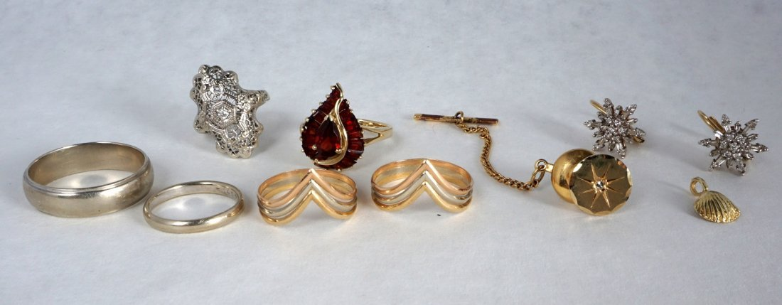 Nine Pc Lot 14k Gold Jewelry Approx 21.8 Grams