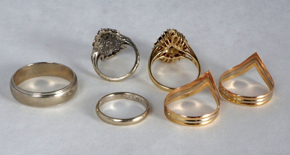 Nine Pc Lot 14k Gold Jewelry Approx 21.8 Grams - 4