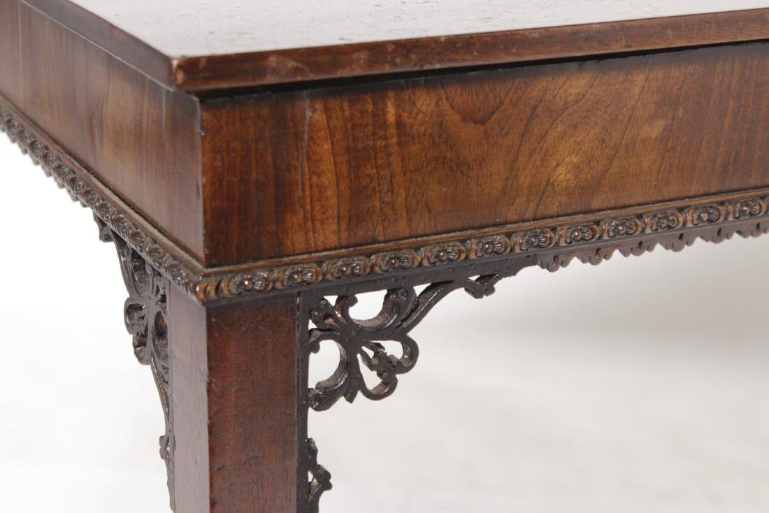18th C Chippendale Tea Table - 2