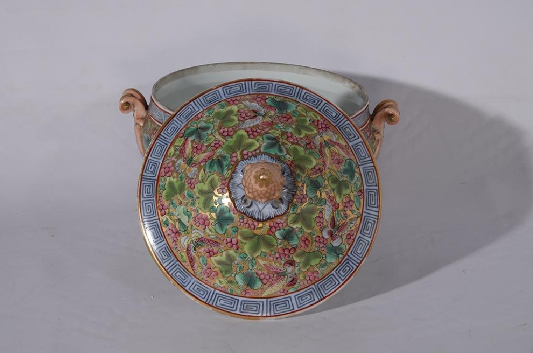 Chinese Porcelain Tureen - 3