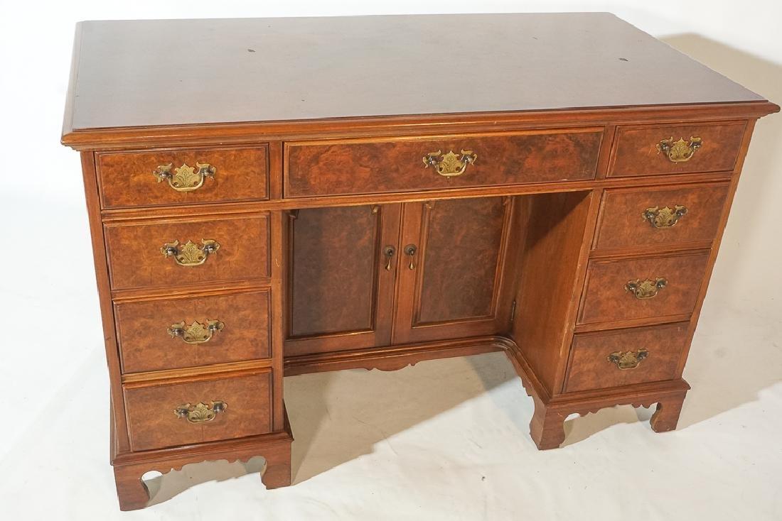 Georgian Style Kneehole Desk - 3
