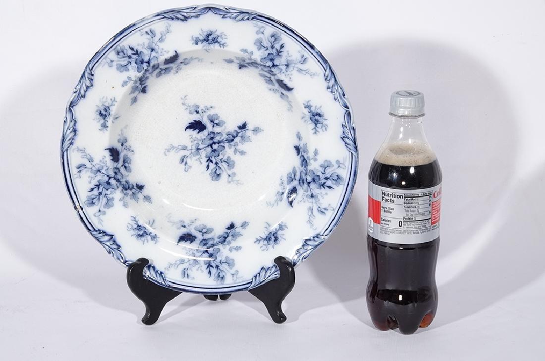 Set of Five (5) Bowls in Blue Flow Porcelain - 5