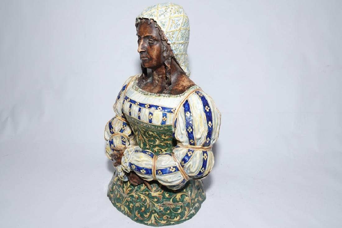 Italian Majolica Figure of a Lady - 8