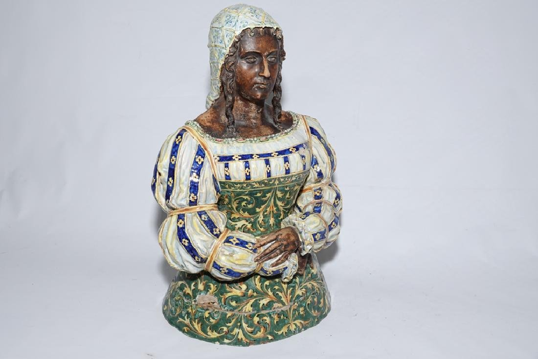 Italian Majolica Figure of a Lady - 9
