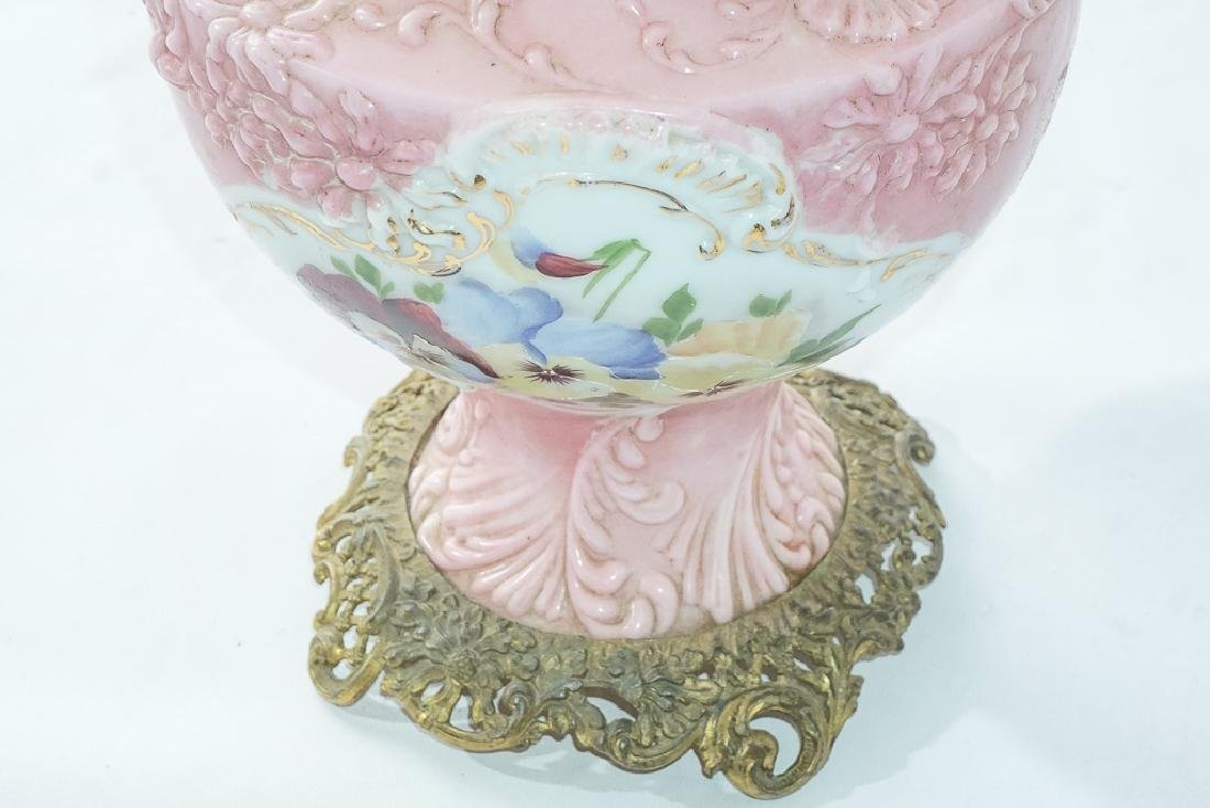 19th c Pink Oil Lamp - 2