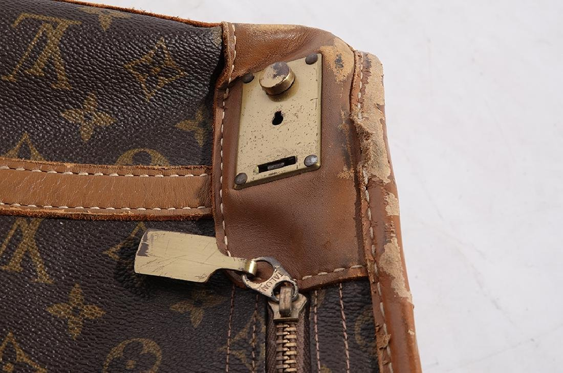 Louis VUITTON Suitcase - 7