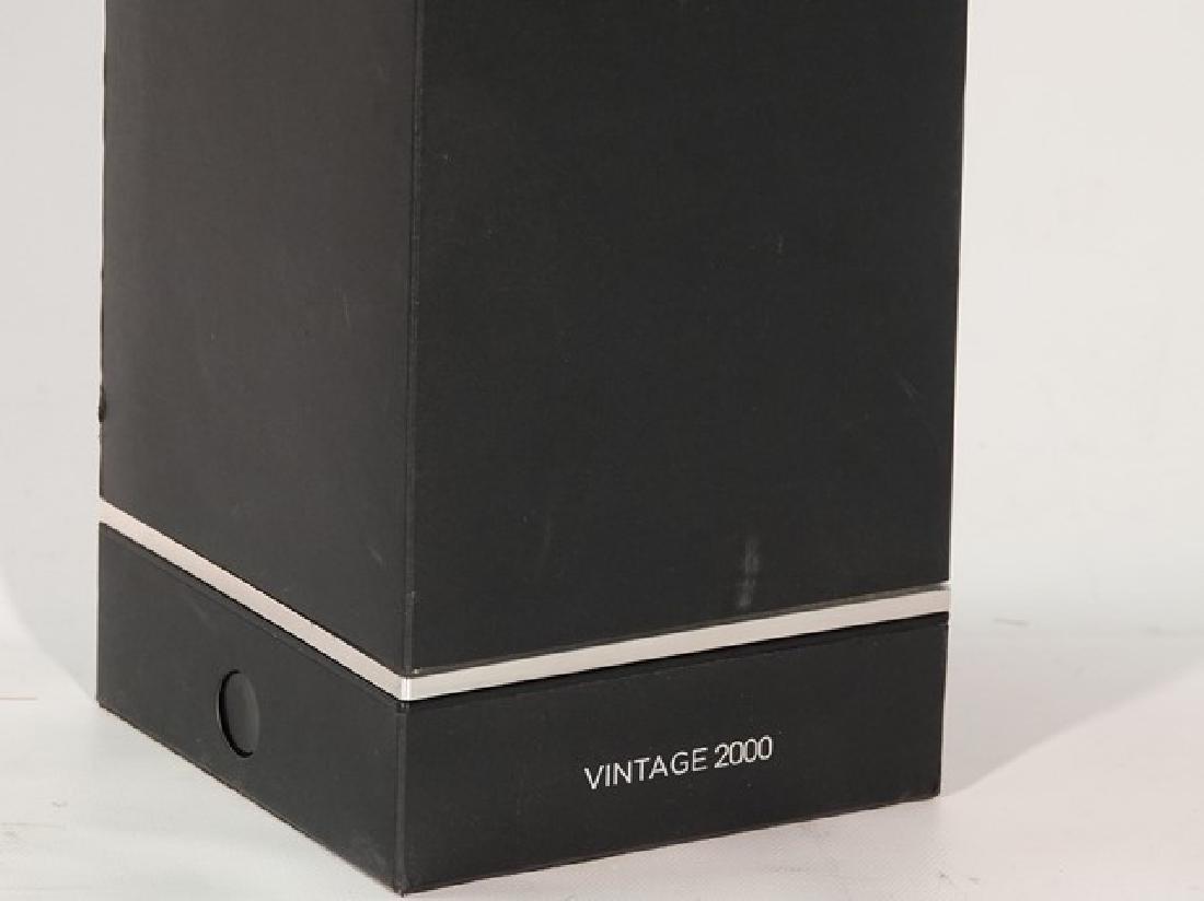 2000 DOM PERIGNON - 4