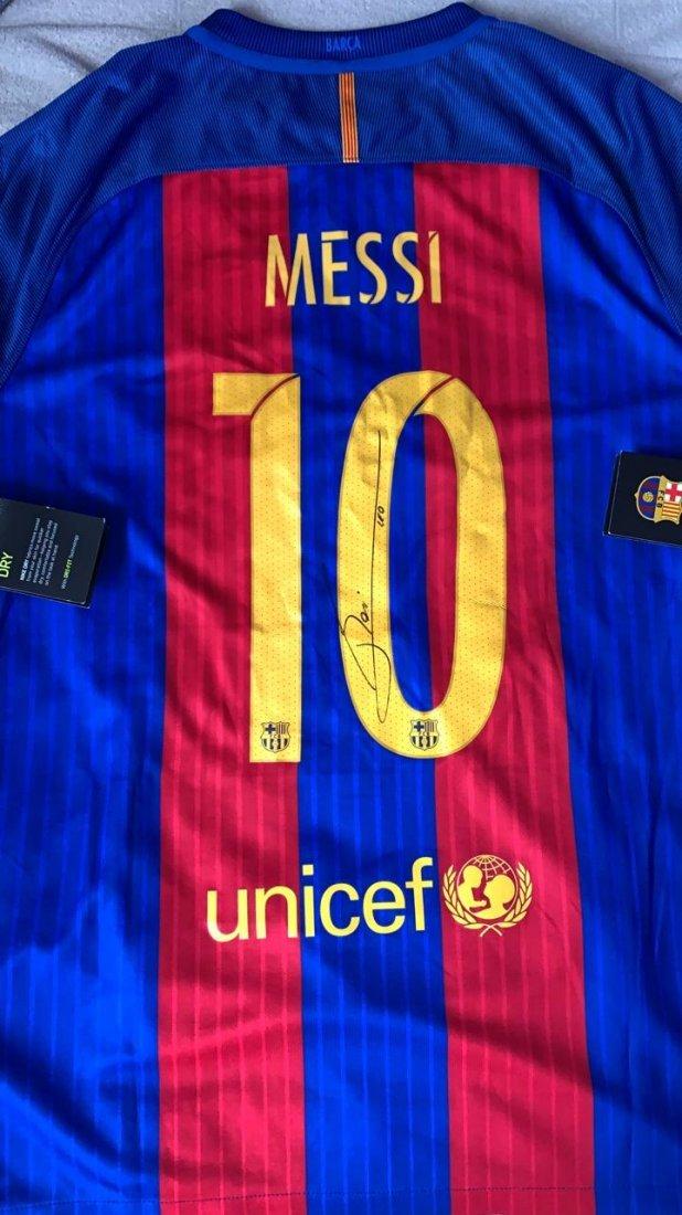 Lionel Messi #10 Barcelona Signed Jersey
