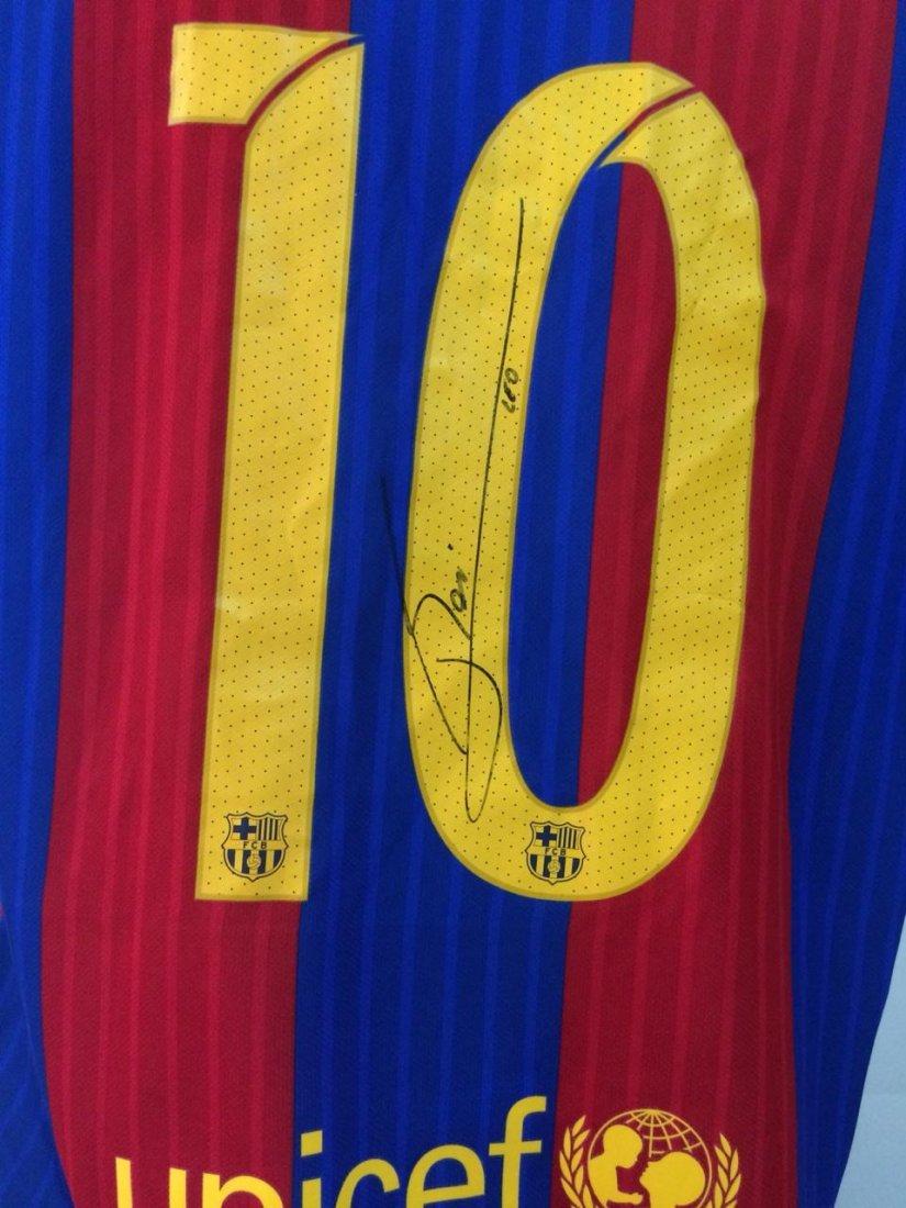Lionel Messi #10 Barcelona Signed Jersey - 5