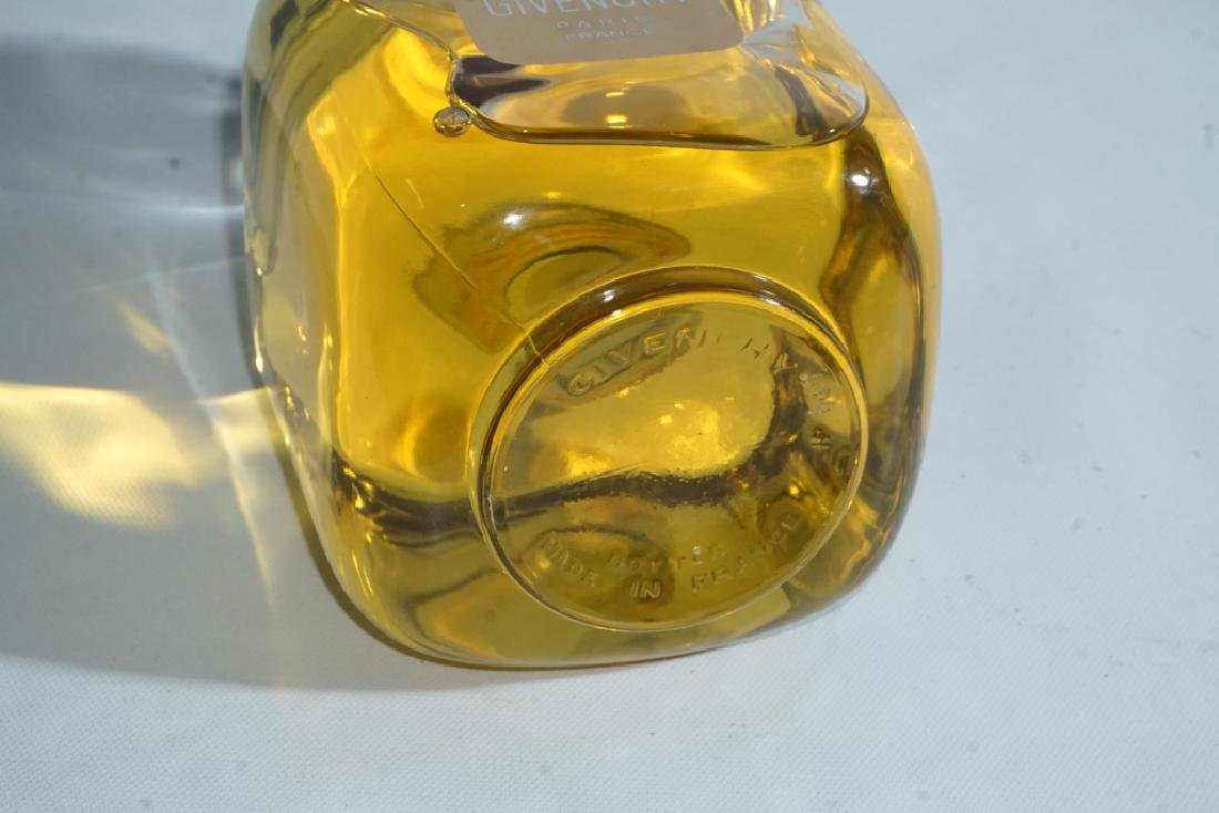 Vintage GIVENCHY Perfume Bottle - 5