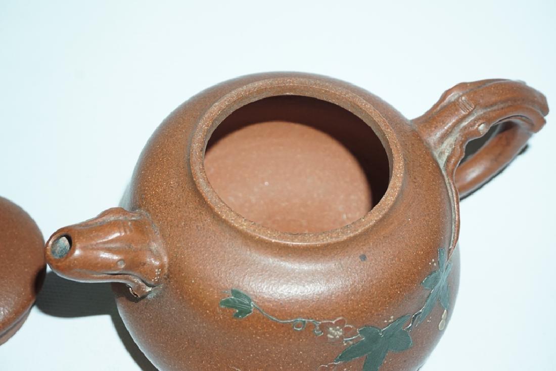 Three Chinese Teapots - 10