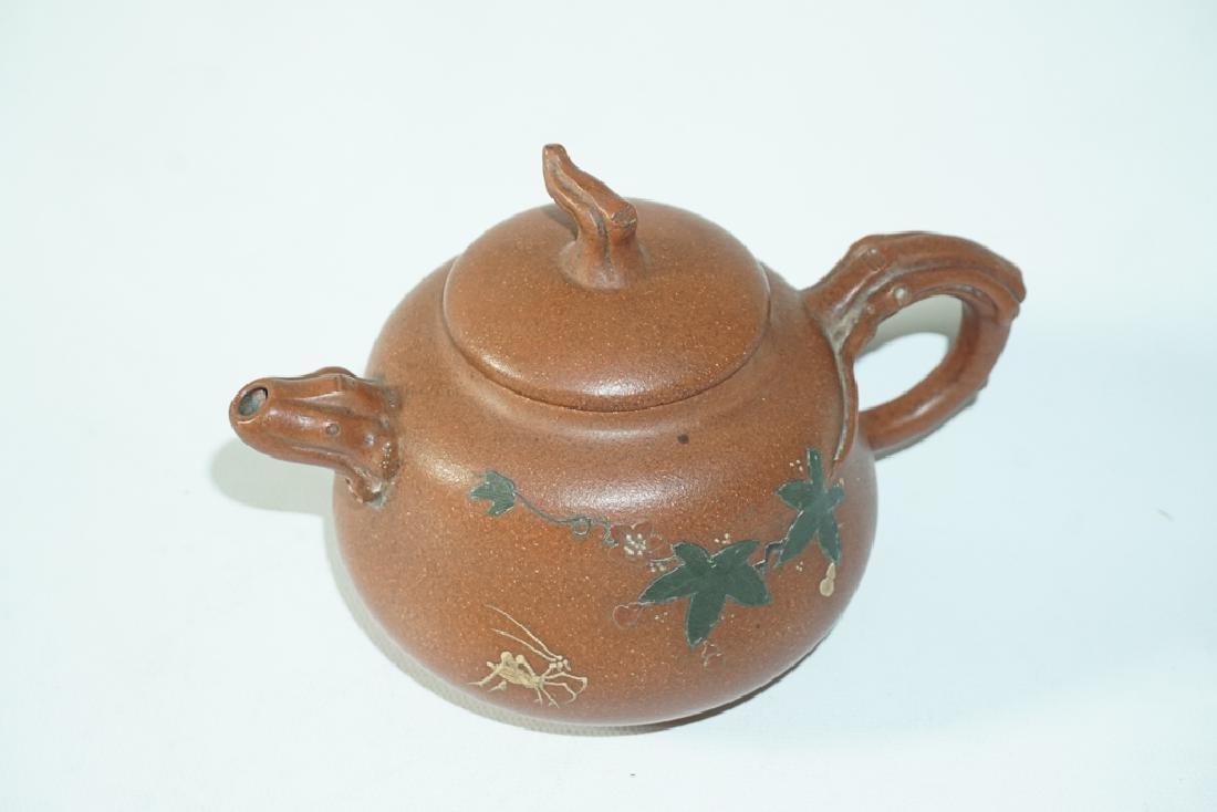 Three Chinese Teapots - 7