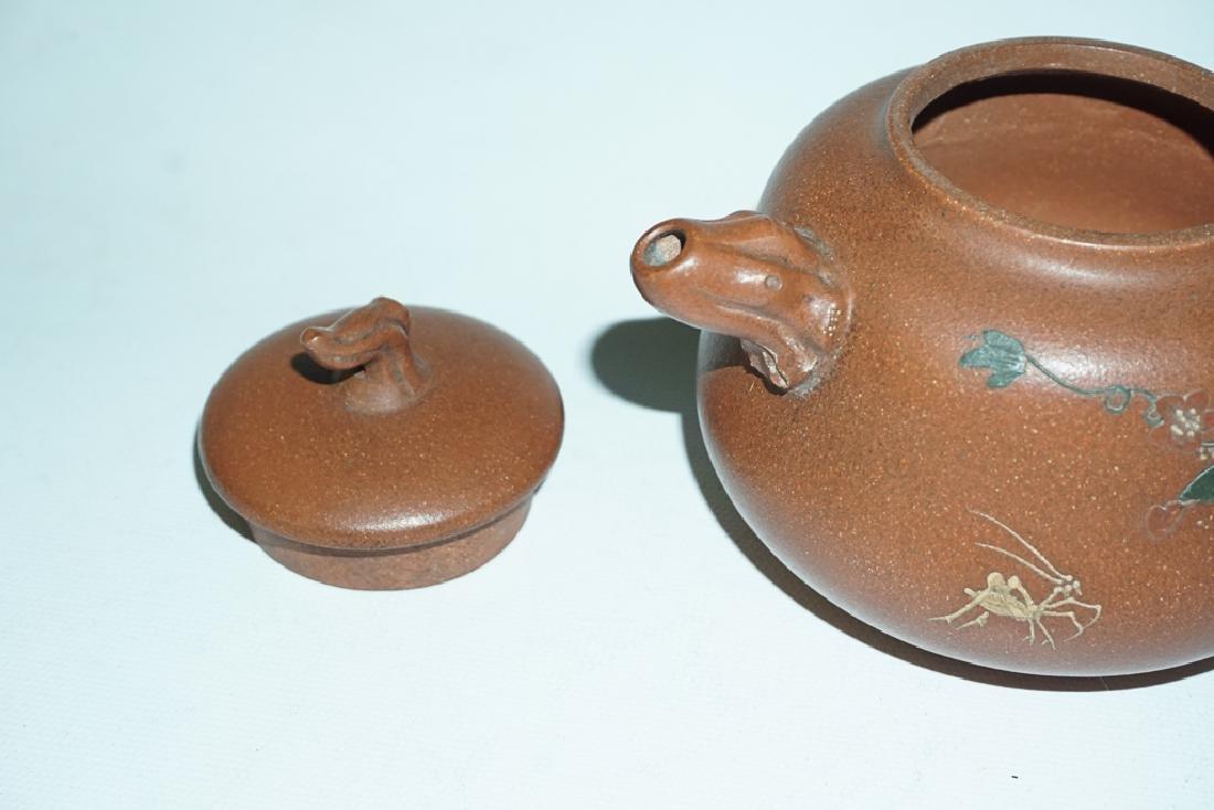 Three Chinese Teapots - 9