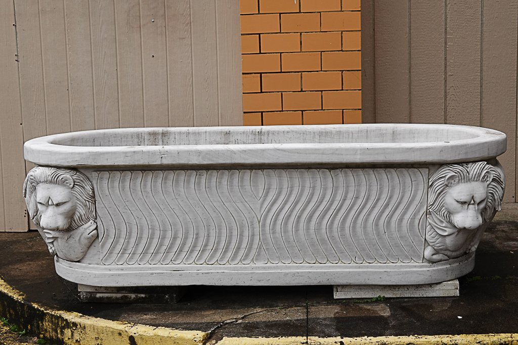 Magnificent Carved Marble Bathtub - 2
