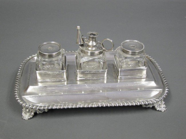 191: GEORGIAN STERLING SILVER INK STAND: