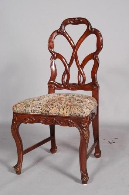 9: SIDE CHAIR: