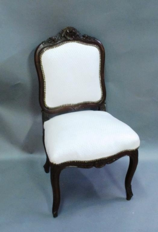 17: HEAVILY CARVED SIDE CHAIR: