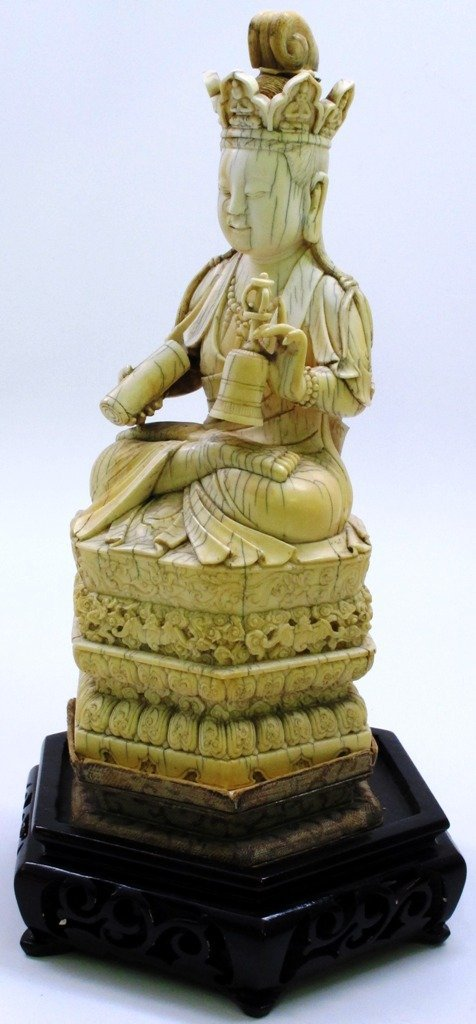 SOUTHEAST ASIAN CARVED IVORY SEATED BUDDHA: