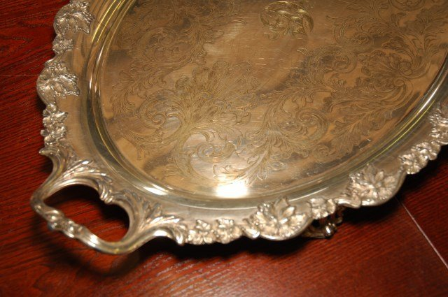 GROUP LOT OF FINE SILVERPLATE TRAYS - 2