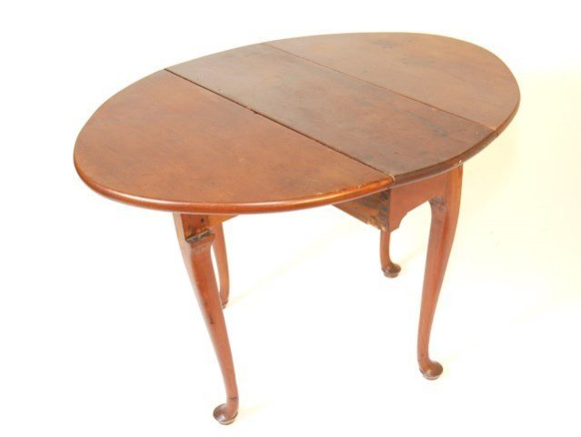 19TH CENTURY OVAL DROP LEAF TABLE