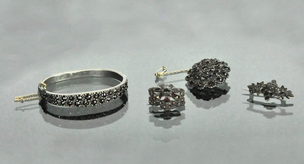 Group Antique Garnet Jewelry