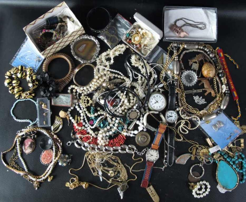 Large Group Lot of Costume Jewelry 60+ Pcs